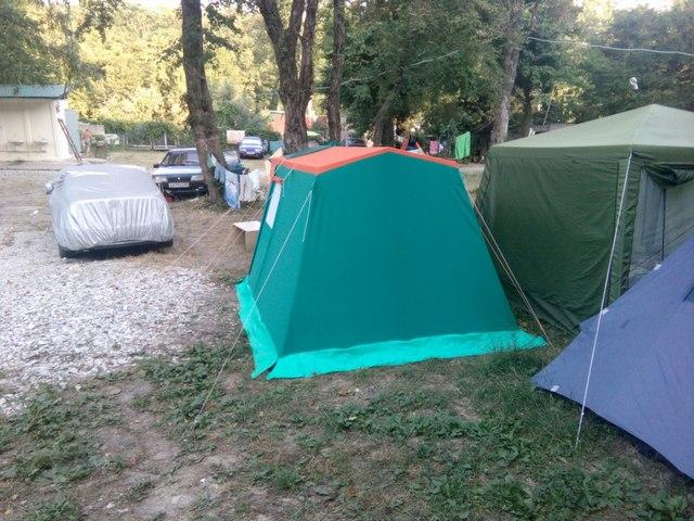 Кемпинг палатки